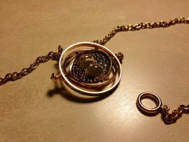 Hermoine's Time Turner by helasz