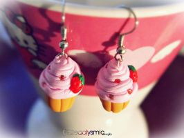 Strawberry Cupcake Earrings by Cateaclysmic