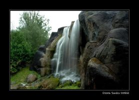Odense Waterfall by grugster