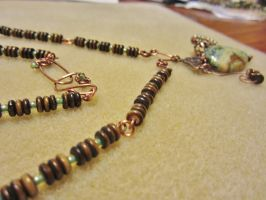 Complete: Green Pendant Necklace by SadiesAccessories