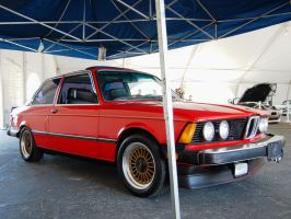 Classic early 80s E21 BMW 320i by Partywave