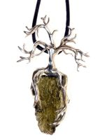 Tree pendant by virtualmorrigan