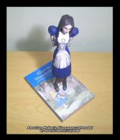 papercraft Alice stand by ninjatoespapercraft