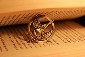 The Hunger Games Book ~ Mockingjay Pin by Soulflie