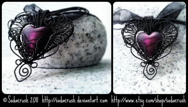 Gothic Heart by sodacrush