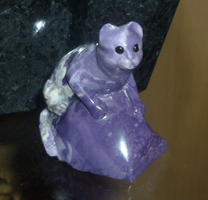 Gemstone kitty: Tiffany stone by goiku