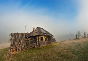 Hut forgotten by lica20