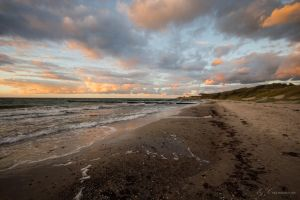 Sunset at Baltic Sea by carmacore