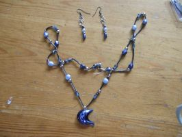 blue moon pendant and earings by Mo-Chroi