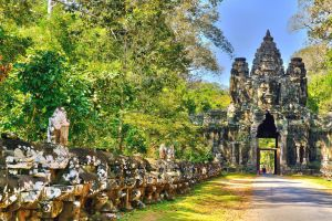 Angkor  Thom by CitizenFresh