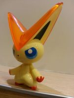Victini by johnrenelle