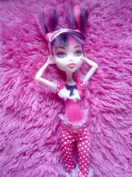 Ula D Dreaming in pink by peskypixie81