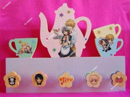 Hand-painted Maid Sama hanger by SimonaZ