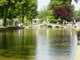 Bourton-on-the-Water by superfrodo
