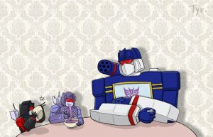 Soundwave family by Tyr44
