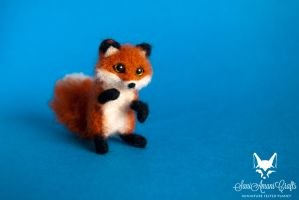 Tiny red fox 2 II by SaniAmaniCrafts