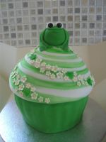 Froggy Giant Cup Cake by gertygetsgangster