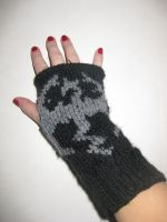Skyrim mittens by Redkeey