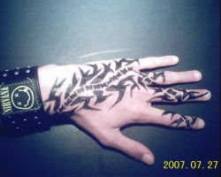 Hand Tatoo by abstraherer