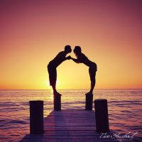 Kiss Me at Sunset by IsacGoulart