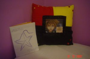 Kingdom Hearts Pillow by My-Avenging-Angel