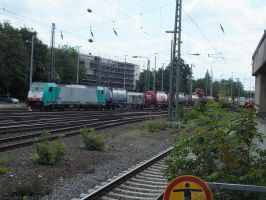 NMBS 2807 with container train by damenster