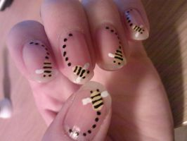 bumble bee by eye-lover