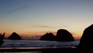 Sunset over the Pacific by scott41677