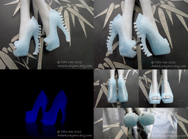 Monster High Shoes - Frost GLow-In-The-Dark by TifaTofu