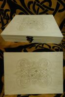 Floral celtic box by Woltus