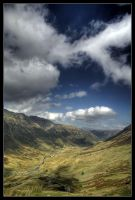 Walking down into Borrowdale by didumdidum