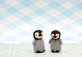 baby penguins by spinphase