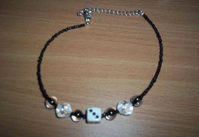 lucky choker by something-i-am-not