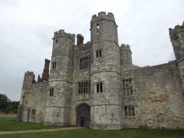 Titchfield Abbey by VIRGOLINEDANCER1