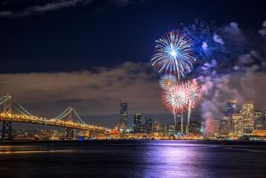 San Francisco Fireworks by porbital