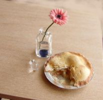 Dollhouse Miniature Apple Pie by fairchildart