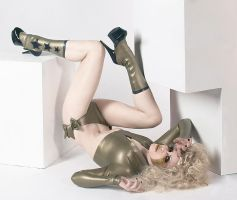 Gold Latex. 1. by Ryo-Says-Meow