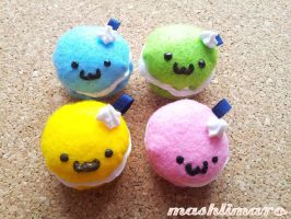 Cute Plush Macaroons Keychains by mashlimaro