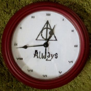 Harry Potter cross stitch clock by grumble-king2