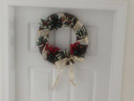 Holiday Wreath 2 by Taiya001