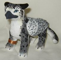 Snow Leopard Gryphlet by gryphonworks