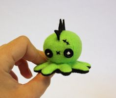 Tiny green zombie mohawk octo-plushie by jaynedanger