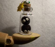 Susuwatari Bottle Charm by littlemooglet