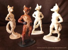 Anthro fox sculpture (group photo) by Victoria-Poloniae