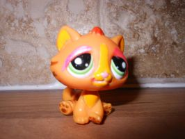 lps with make up on by megatiger42