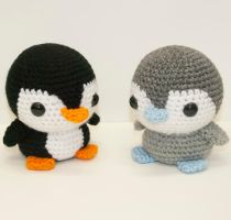 Baby Penguins by Heartstringcrochet