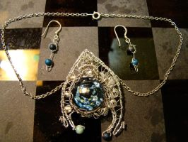 Stargate Pendant and earrings by Carlotta4th