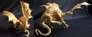 Gold Dragon by HypnoticAlien