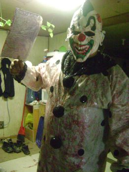 My Evil Clown Costume by emtheoneandonly