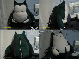 Snorlax Backpack Commission by azumioftreali